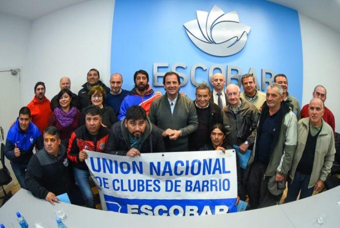ESCOBAR: Entregaron aportes a Clubes de Barrio