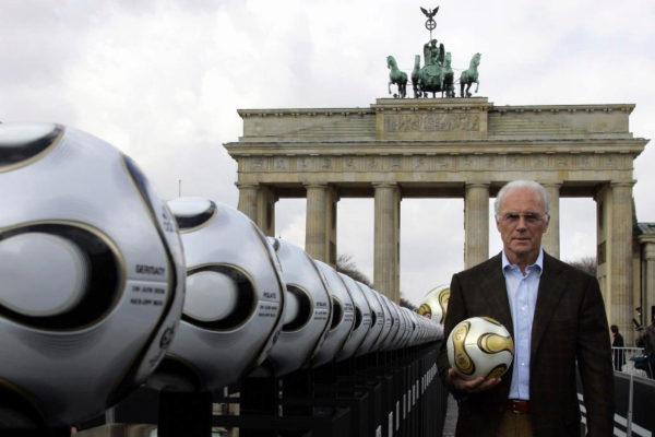 FÚTBOL: Franz Beckenbauer, entre los acusados por fraude en la organización del Mundial 2006