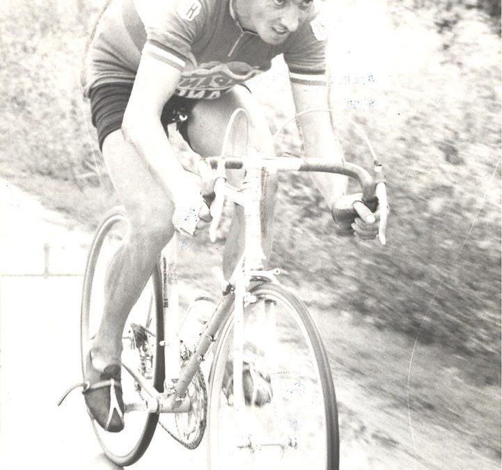 """22/04/1962: JOSÉ FERNÁNDEZ, el mejor ciclista tucumano es campeón argentino — (Del Libro """"100 Ídolos Tucumanos"""")"""