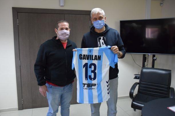 """Córdoba: """"Dady"""" Gallardo dicta una clínica de Hándball"""